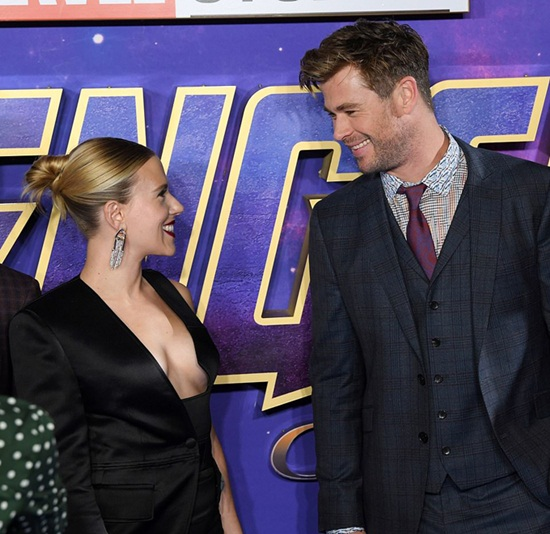 """Black Widow"" Scarlett Johansson quá đỗi gợi cảm trên thảm đỏ ""Avengers: Endgame"" - Ảnh 6"