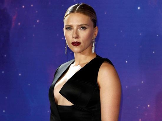 """Black Widow"" Scarlett Johansson quá đỗi gợi cảm trên thảm đỏ ""Avengers: Endgame"" - Ảnh 3"