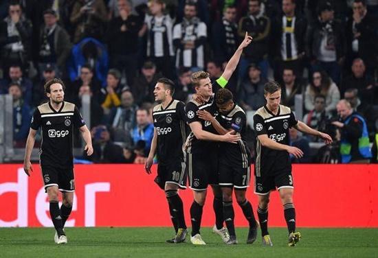 Ronaldo tỏa sáng, Juventus vẫn bị loại cay đắng ở Champions League - Ảnh 2