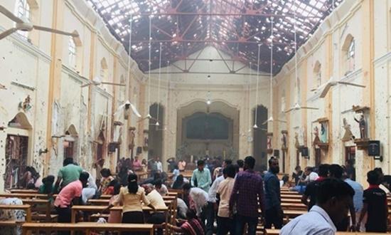 Đánh bom đẫm máu ở Sri Lanka đúng ngày lễ Phục sinh, hơn 400 người thương vong - Ảnh 1