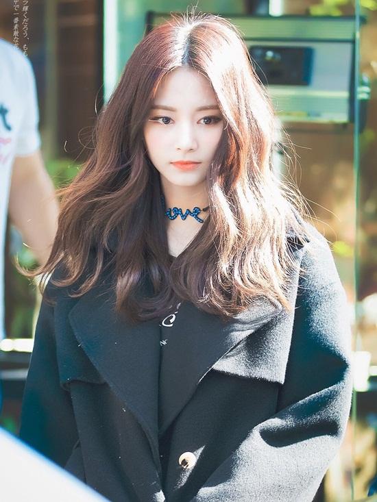 Top 3 nữ thần tượng sở hữu nhan sắc hàng đầu Kpop - Ảnh 10
