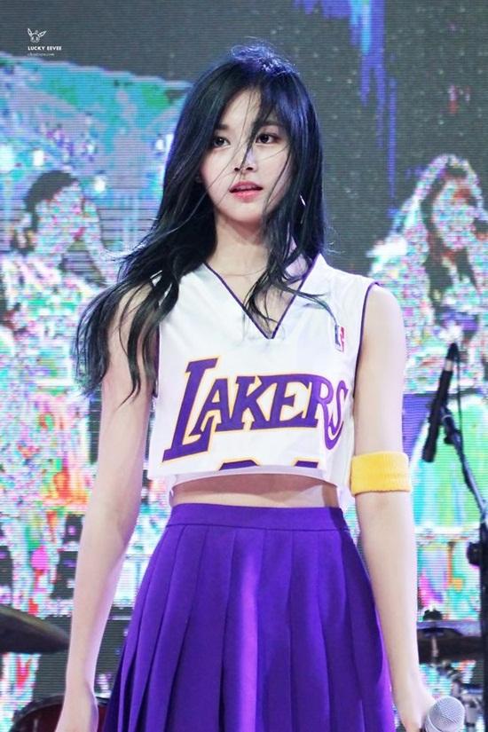 Top 3 nữ thần tượng sở hữu nhan sắc hàng đầu Kpop - Ảnh 9