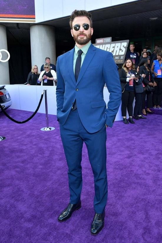 """Dàn siêu anh hùng quyền lực trên thảm tím """"Avengers: Endgame"""" - Ảnh 1"""