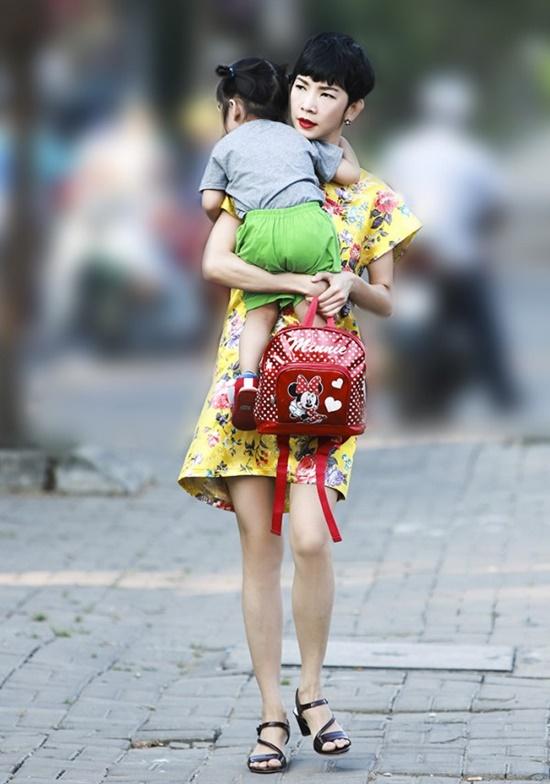 Siêu mẫu Xuân Lan: Làm mẹ đơn thân với bao thăng trầm, cay đắng - Ảnh 2