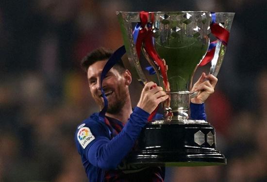Messi lập công, Barca nâng cúp vô địch La Liga sớm 3 vòng đấu - Ảnh 2