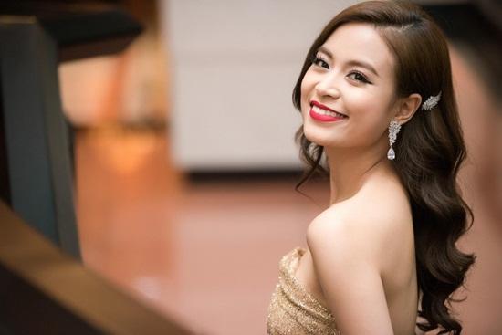 """Hoàng Thùy Linh quay lại màn ảnh nhỏ sau 10 năm, tái ngộ bạn diễn """"Nhật ký Vàng Anh"""" - Ảnh 1"""