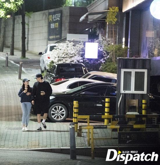 So Ji Sub hẹn hò nữ MC kém 17 tuổi Cho Eun Jung - Ảnh 3