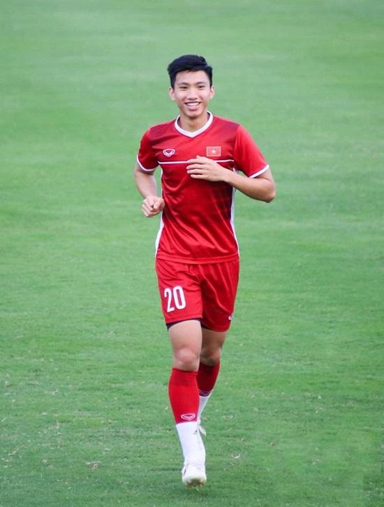 Muangthong United lại muốn chiêu mộ Đoàn Văn Hậu - Ảnh 1