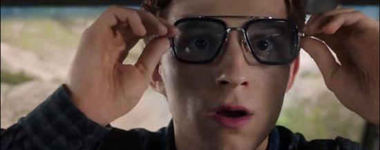 """Trailer """"Spider Man: Far From Home"""" tiết lộ những gì sau """"Endgame""""? - Ảnh 4"""