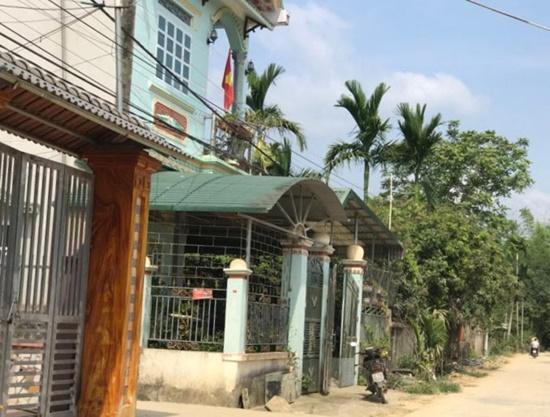 Bố nữ sinh giao gà ở Điện Biên đã trao đổi điều gì với luật sư? - Ảnh 1