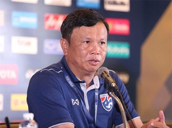 Cuộc gặp quyết định tương lai HLV Thái Lan sau thất bại ê chề ở King's Cup - Ảnh 1