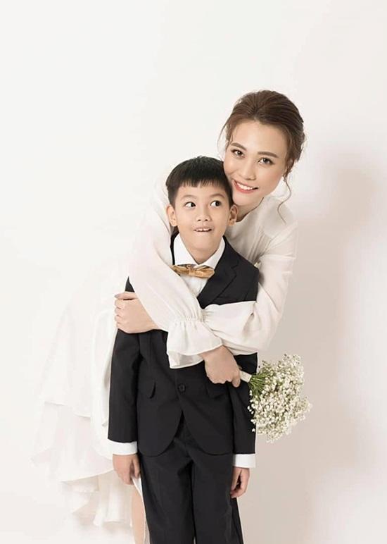 Đàm Thu Trang đăng ảnh thân mật, chúc mừng sinh nhật con trai Cường Đô la - Ảnh 1