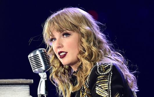 Taylor Swift đấu khẩu Justin Bieber, loạt sao Hollywood rộn ràng góp mặt - Ảnh 2