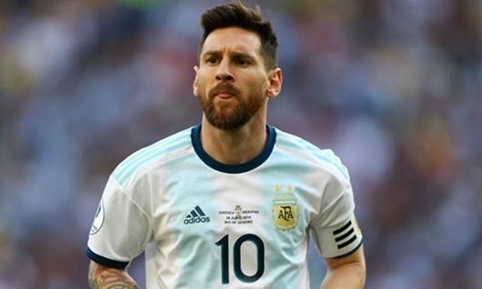 """Sau phát ngôn gây tranh cãi, Messi được """"tiếng thơm"""" vì giúp đỡ người vô gia cư - Ảnh 2"""