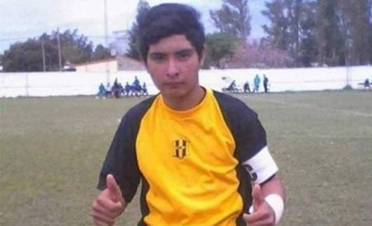 Thủ môn trẻ đột tử khi đang ăn mừng vì cản phá penalty thành công - Ảnh 1