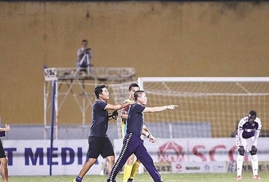Tin tức thể thao mới - nóng nhất hôm nay 16/7/2019: HLV Hà Nội FC xin lỗi vì phản ứng trọng tài - Ảnh 1