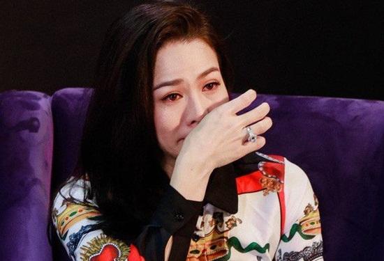 Nhật Kim Anh mệt mỏi, bất ổn tâm lý sau khi bị trộm mất 5 tỷ - Ảnh 1