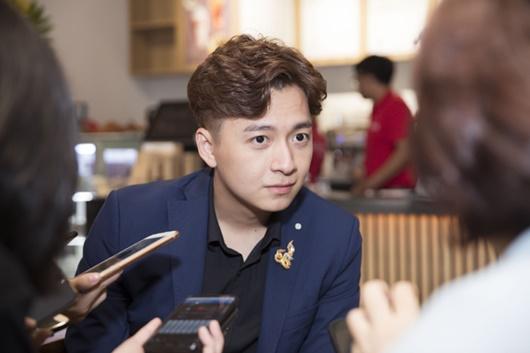 Tin tức giải trí mới nhất ngày 6/7: Nghi vấn Đỗ Mỹ Linh hẹn hò em trai BTV Ngọc Trinh - Ảnh 4