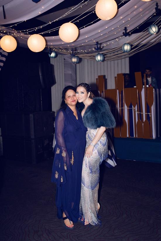 Lý Nhã Kỳ diện váy xuyên thấu quyến rũ hút hồn dự tiệc sinh nhật tỷ phú Ấn Độ - Ảnh 6