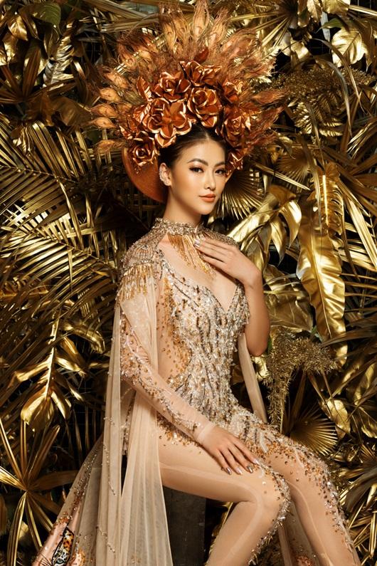 """Phương Khánh rạng rỡ diện lại bộ trang phục """"huyền thoại"""" ở Miss Earth - Ảnh 5"""