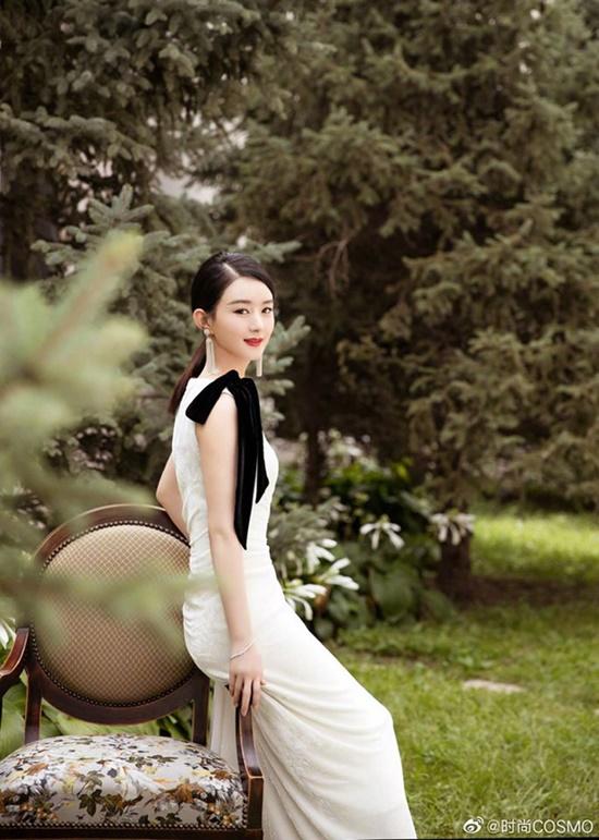 Triệu Lệ Dĩnh tái xuất xinh đẹp như nữ thần khiến fan đồng loạt nói lời yêu - Ảnh 4