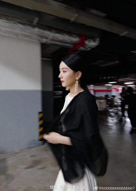 Triệu Lệ Dĩnh tái xuất xinh đẹp như nữ thần khiến fan đồng loạt nói lời yêu - Ảnh 6