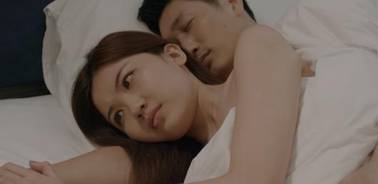 """Hoa hồng trên ngực trái tập 6: Thái lên giường với Trà, San giúp Khuê """"dằn mặt"""" tiểu tam xả giận - Ảnh 1"""