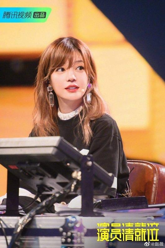 """Triệu Vy chia sẻ chuyện cả ngày không chợp mắt khiến fan lo """"sốt vó"""" - Ảnh 2"""