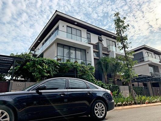 Hồ Ngọc Hà tậu biệt thự triệu USD, làm hàng xóm với ca sĩ Cao Thái Sơn - Ảnh 3