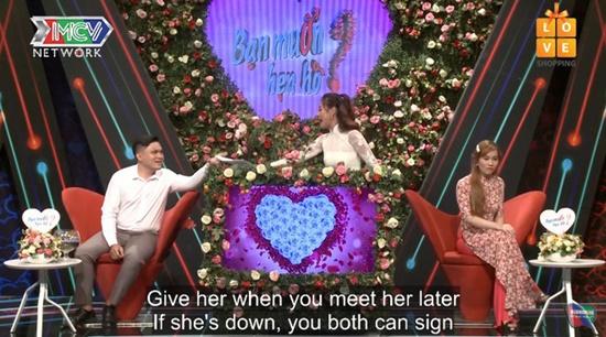 """Soạn thảo hợp đồng tình yêu đến gameshow hẹn hò, chàng trai khiến cô gái """"toát mồ hôi"""" - Ảnh 2"""