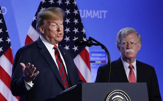 """Ông Trump nói cựu cố vấn an ninh quốc gia """"không hòa đồng"""", phát biểu """"kém thông minh"""" - Ảnh 1"""