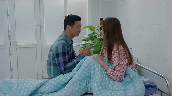 Hoa hồng trên ngực trái tập 11: Dỗ dành tiểu tam rồi về nhà đòi hỏi vợ, Thái nhận phản ứng phũ phàng - Ảnh 3