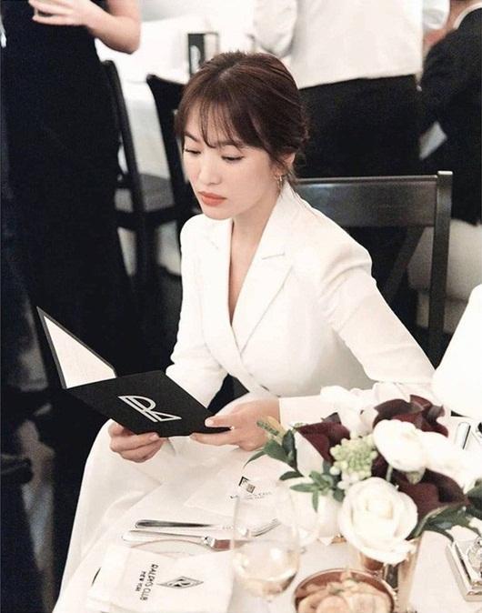 Song Hye Kyo chưa vội đóng phim mà đi học ở Mỹ sau khi ly hôn - Ảnh 2