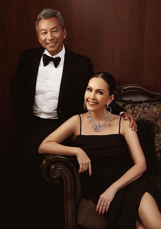 Diễm My được chồng tặng nhẫn kim cương 5 tỷ nhân dịp kỷ niệm ngày cưới - Ảnh 1