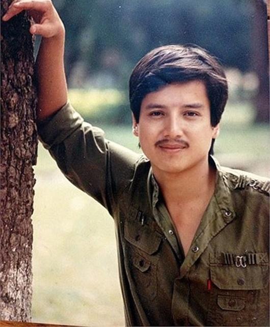 Ngỡ ngàng với loạt ảnh thời tuổi trẻ của những danh hài hàng đầu làng giải trí Việt - Ảnh 10