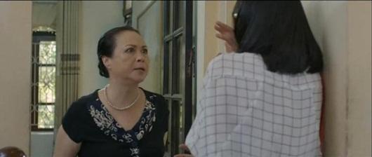 """Loạt """"thuyết âm mưu"""" về mối hận của mẹ chồng với San trong Hoa hồng trên ngực trái - Ảnh 5"""