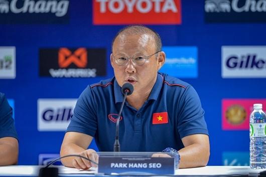 HLV Park Hang-seo nói gì sau trận hòa nghẹt thở trên sân Thái Lan? - Ảnh 1