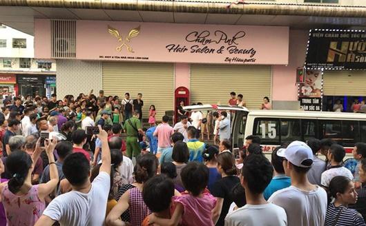 Hiện trường vụ nổ ở chung cư Linh Đàm khiến 4 người bị thương - Ảnh 5