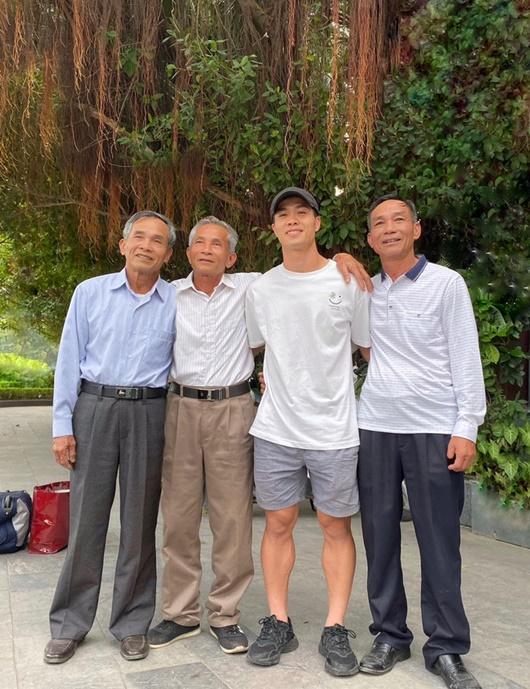 Công Phượng đã về Việt Nam, chuẩn bị hội quân cùng CLB TP.HCM - Ảnh 1