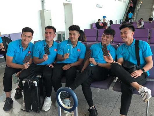 U23 Việt Nam lên đường sang Thái Lan dự VCK U23 châu Á - Ảnh 4