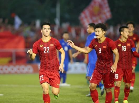 Tin tức thể thao mới nóng nhất ngày 1/1/2020: Báo châu Á chọn cầu thủ Việt Nam xuất sắc nhất 2019 - Ảnh 2