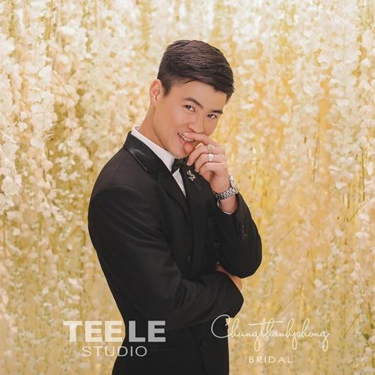 Trung vệ Đỗ Duy Mạnh công khai ngày cưới với bạn gái Quỳnh Anh - Ảnh 2