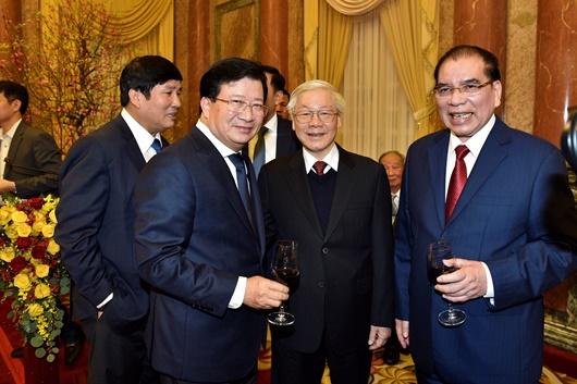 Tổng Bí thư, Chủ tịch nước chúc Tết lãnh đạo, nguyên lãnh đạo Đảng, Nhà nước - Ảnh 3