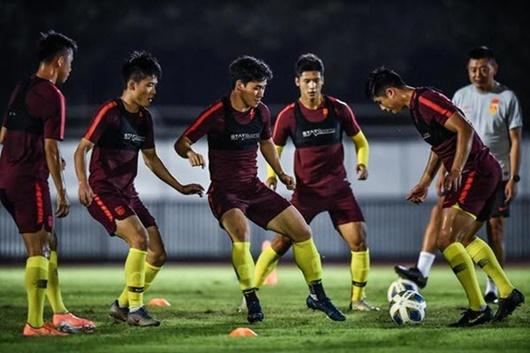 Tin tức thể thao mới nóng nhất ngày 26/1/2020: Cầu thủ Trung Quốc không thể về nhà vì virus corona - Ảnh 1