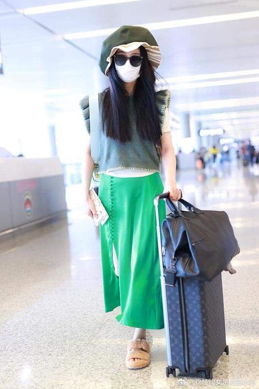 Bộ trang phục chỉ Phạm Băng Băng mới dám mặc ra đường - Ảnh 5