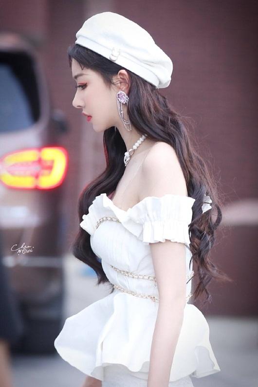 Khổng Tuyết Nhi khoe tạo hình chuẩn công chúa, biệt danh fan tặng không lệch chút nào - Ảnh 7
