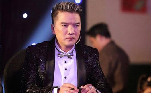 """Đàm Vĩnh Hưng """"nổi xung"""" vì NSƯT Hoài Linh bị """"dạy đời"""" khi làm từ thiện - Ảnh 2"""
