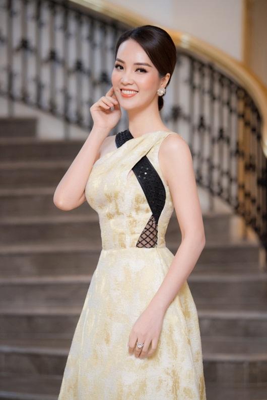 Bị đồn đã ly hôn chồng doanh nhân, á hậu Thụy Vân nói gì? - Ảnh 1