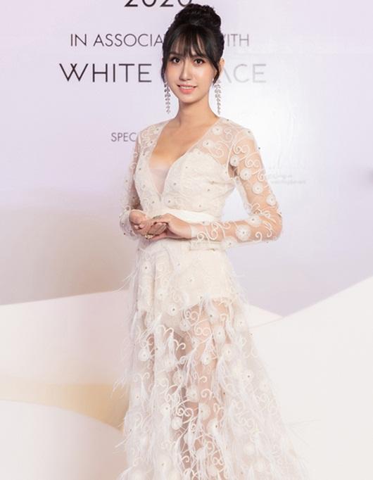 Lynk Lee o ép vòng một trong váy trắng thướt tha lộng lẫy như cô dâu - Ảnh 5