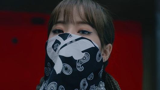 Cận cảnh nhan sắc nữ idol Kpop vô danh bất ngờ lên top Twitter toàn cầu vì quá xinh - Ảnh 8